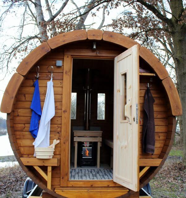 saunamobil miete oder kaufe deine private sauna geschenk gutschein idee feier party miete. Black Bedroom Furniture Sets. Home Design Ideas